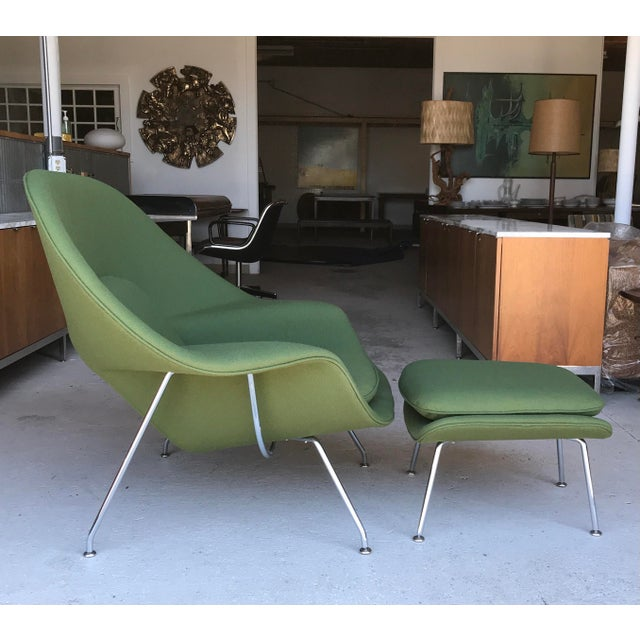 Reupholstered! Eero Saarinen for Knoll Womb chair and ottoman. Professionally reupholstered in Bernhardt Textiles pattern:...