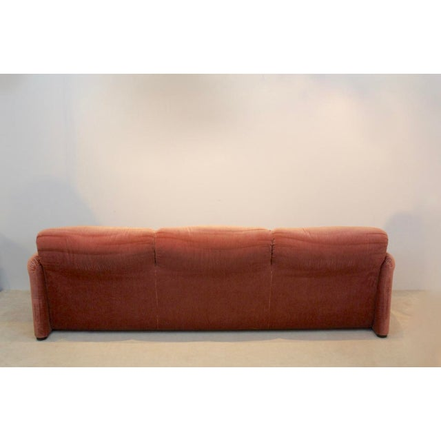 Textile Three-Seat Maralunga Sofa by Vico Magistretti for Cassina, Italy 1973 For Sale - Image 7 of 8