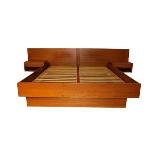 Jesper Danish Modern Teak Queen Platform Bed With Floating Nightstands For Sale