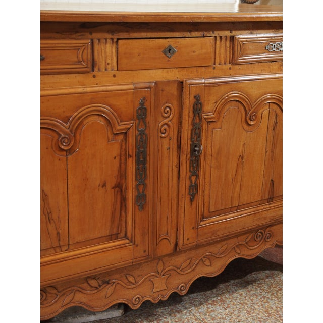 18th Century French Cherry Wood Buffet For Sale - Image 4 of 11