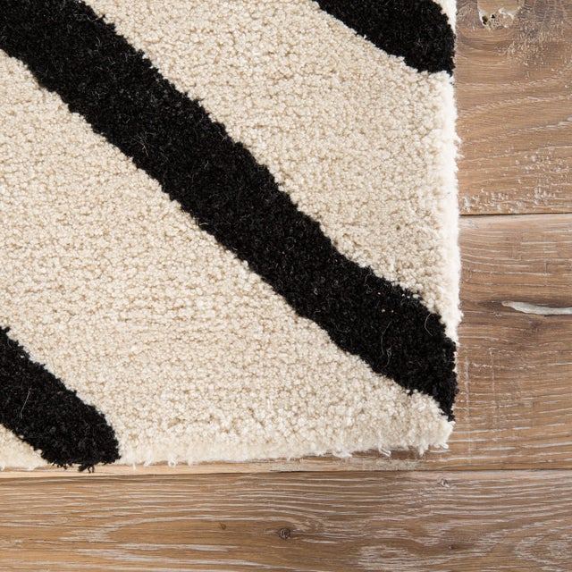 Contemporary Nikki Chu by Jaipur Living Gemma Handmade Abstract White/ Black Area Rug - 5′ × 8′ For Sale - Image 3 of 6