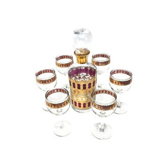 1950s Culver Decanter & Red Scroll Bar Glasses - Set of 7 For Sale