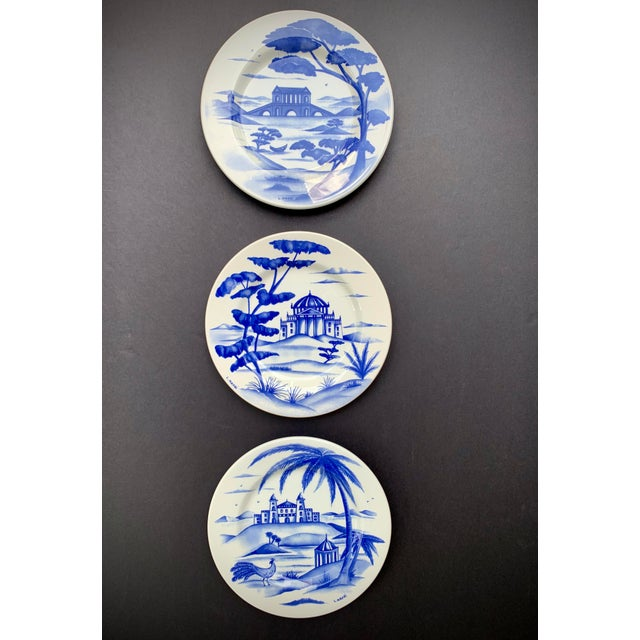Ceramic Hand-Painted Italian Ceramic Blue and White Plates - Set of 3 For Sale - Image 7 of 12