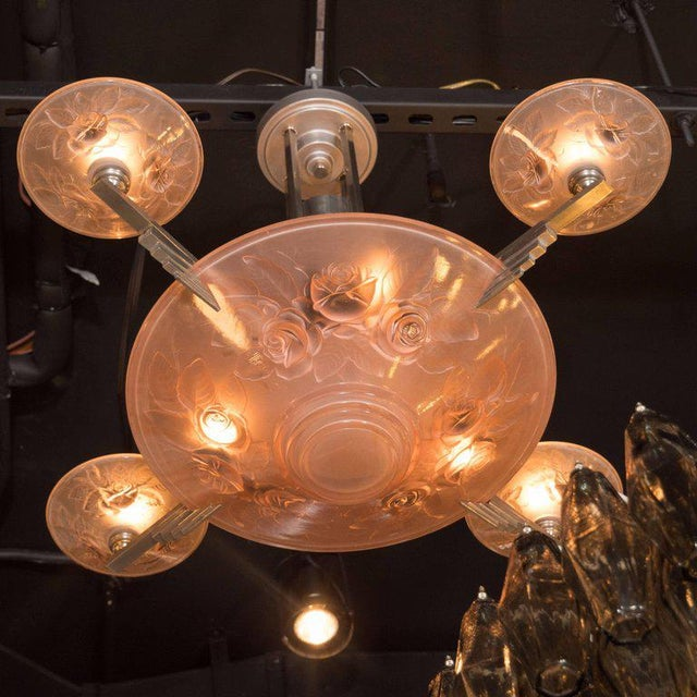 French Art Deco Skyscraper Style Frosted Rose Glass Chandelier by Muller Freres For Sale In New York - Image 6 of 7