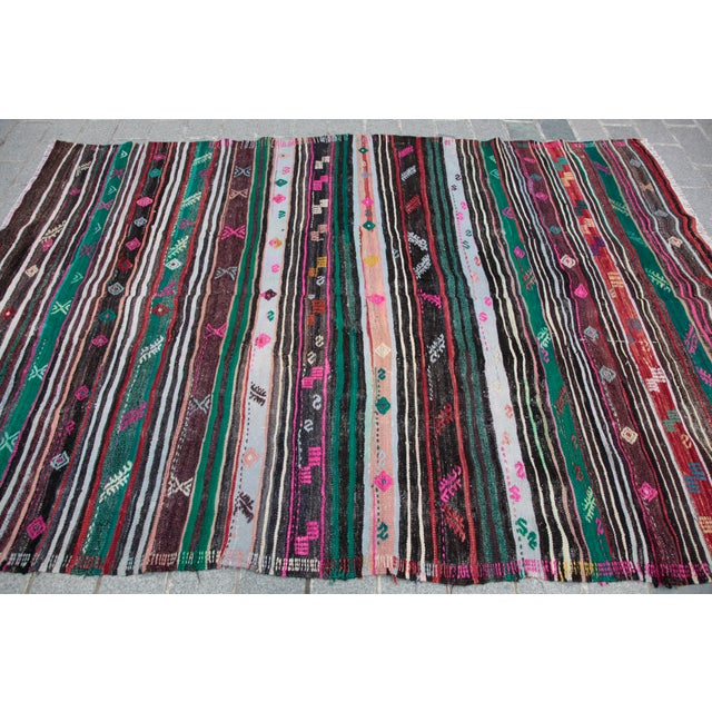 Turkish Kilim Rug - 8' 8'' X 5' 10'' For Sale - Image 9 of 11