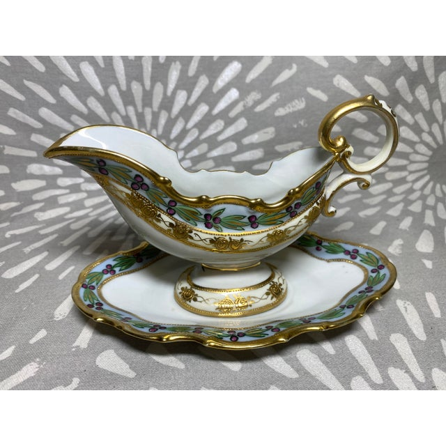 Shabby Chic Antique Hand-Painted Floral & Grape Wreath Morimura Bros Nippon Gravy Boat With Drip Dish- 2 Pieces For Sale - Image 3 of 9