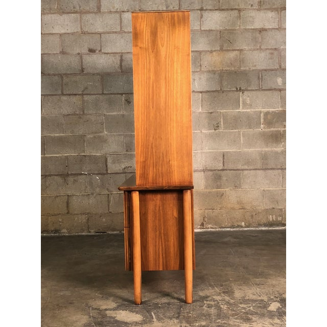 Mid-Century Modern China Cabinet / Bookcase / Display Case - Image 4 of 11