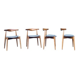 Vintage Mid Century Hans Wegner Dining Chairs- 4 Pieces For Sale