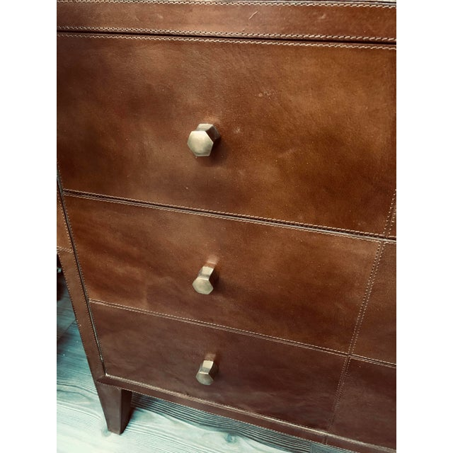 Mid-Century Modern Made Goods Tobacco Leather Nightstand For Sale - Image 3 of 7