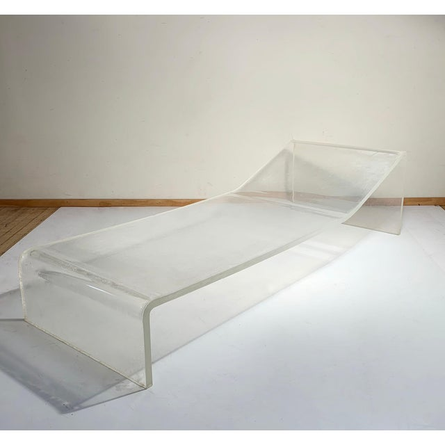 Gary Gutterman Vintage Lucite Chaise Lounge Chair Attributed to Gary Gutterman For Sale - Image 4 of 6