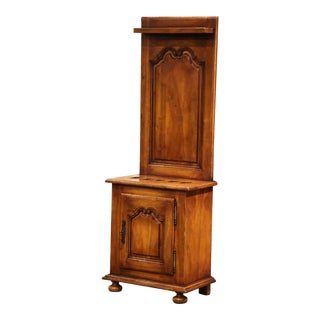 Early 20th Century French Louis XIV Carved Walnut Gun Display Cabinet For Sale