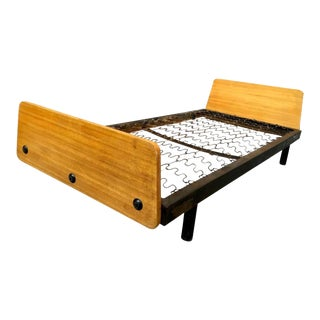 "Jean Prouvé ""Scal"" Daybed in Genuine Condition For Sale"