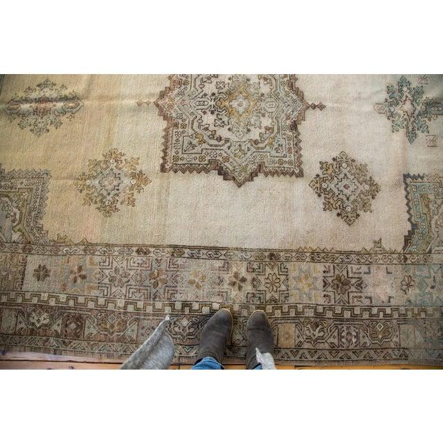 "Vintage Oushak Carpet - 6'11"" x 9'11"" For Sale In New York - Image 6 of 6"