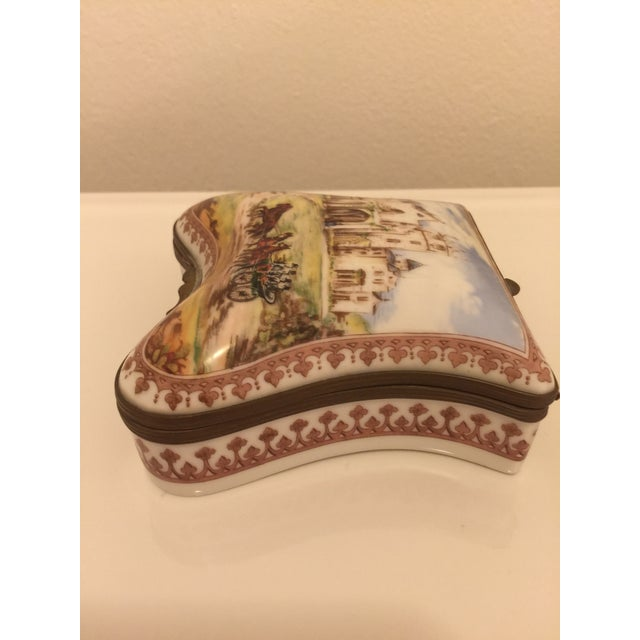 This complete set of 5 fine porcelain boxes is from The National Trust Collection. They are numbered 794 in an edition...