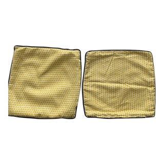 Pair of Hable Yellow Throw Pillow Covers With Navy Pipe For Sale