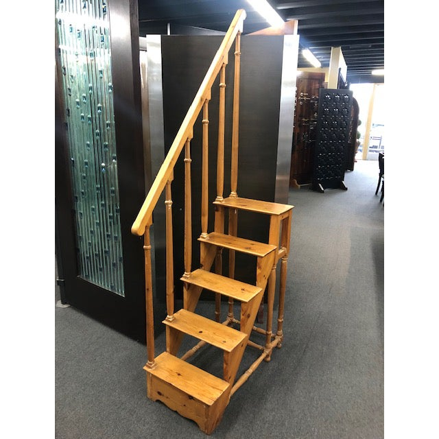 1950s Antique Edwardian Library Steps For Sale In San Diego - Image 6 of 6