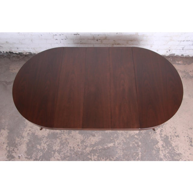1950s Robsjohn-Gibbings for Widdicomb Mid-Century Modern Walnut Saber Leg Extension Dining Table, Newly Restored For Sale - Image 5 of 13