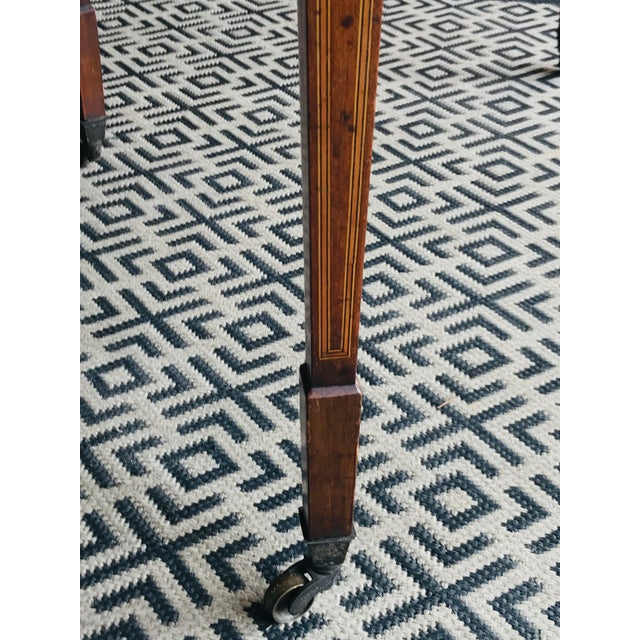 19th Century 19th Century Traditional Mahogany Drop Leaf Oval Side Table For Sale - Image 5 of 11