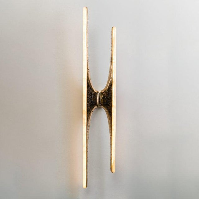 Gold Markus Haase, Bronze and Onyx Sculptural Sconce, Usa, 2017 For Sale - Image 8 of 8