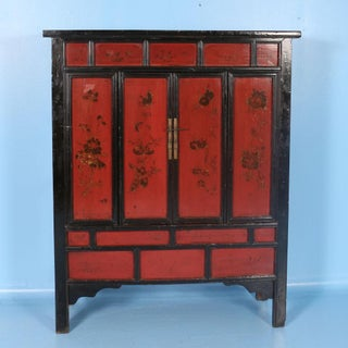 19th Century Chinese Red Lacquered Cabinet With Flowers Preview