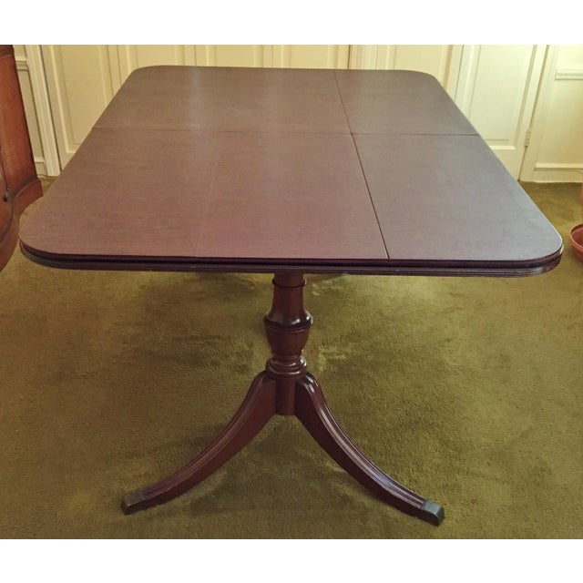 Henredon Heritage Regency Style Dining Table and Chairs - Set of 7 For Sale - Image 7 of 7