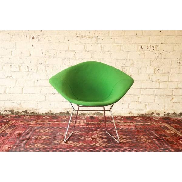 Selling a very nice vintage Harry Bertoia 'Diamond' chair with green upholstery by Knoll. The chair has a solid chrome...