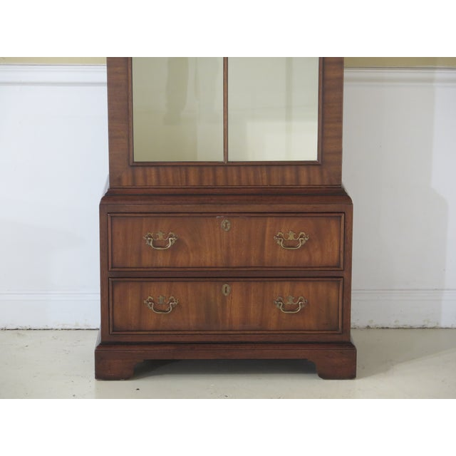 Item: 43697EC: KITTINGER 1 Door Model T618 Mahogany Bookcase Display Cabinet Age: Approx. 35 Years Old Details: High...