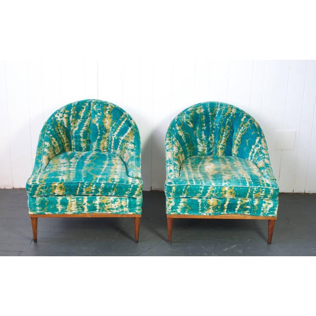 Contemporary Pair of Mid-Century Lounge Chairs For Sale - Image 3 of 6