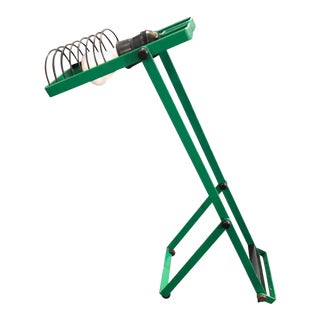 1976 Italian Iconic Ernesto Gismondi for Artemide Green Adjustable Table Lamp For Sale