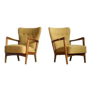Fritz Hansen 1940s Danish Pair of Low Back Lounge Chairs With Open Armrests For Sale