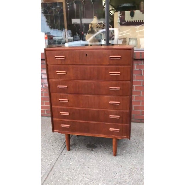 Mid-Century Modern Vintage Danish Modern Dresser Cabinet Storage Drawers For Sale - Image 3 of 5