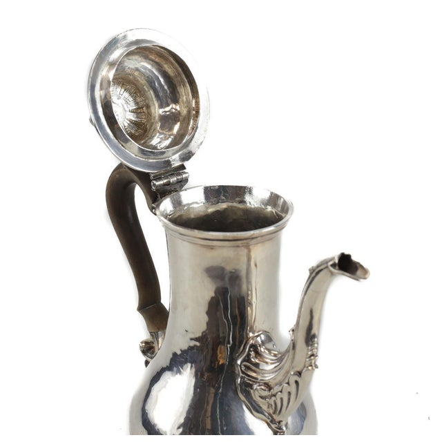 Charles Wright London George III Sterling Silver Coffee Pot For Sale - Image 5 of 6