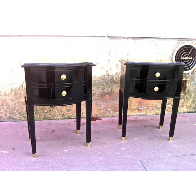 1950s Maison Jansen Refined Pair of Black Lacquered Bedsides or Side Tables For Sale - Image 5 of 6