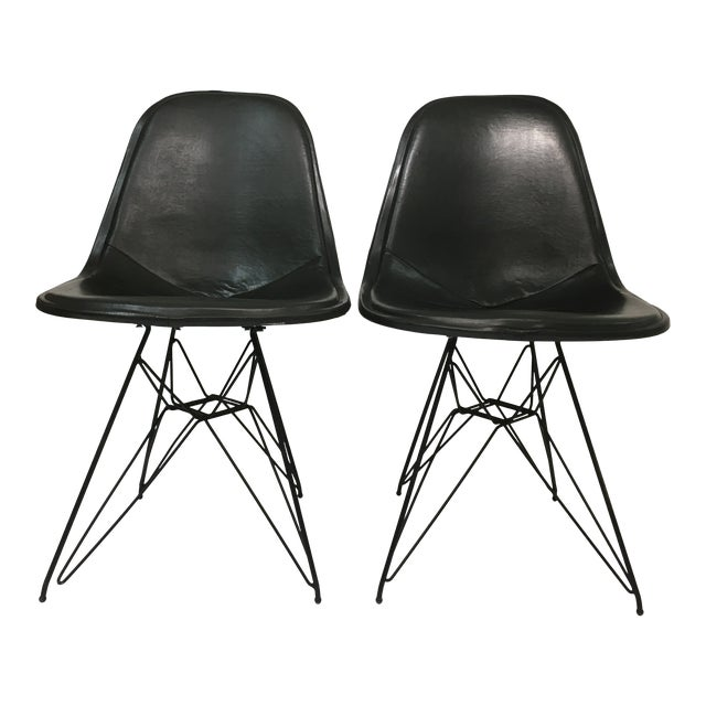 Vintage Eiffel Side Chairs in Black Naugahyde by Charles Eames for Herman Miller - a Pair For Sale