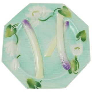 1900s Art Nouveau Majolica Octagonal Water Lily Asparagus Plate For Sale