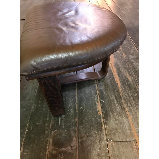 """Westnofa """"Manta"""" Chair with Ottoman For Sale In Los Angeles - Image 6 of 8"""