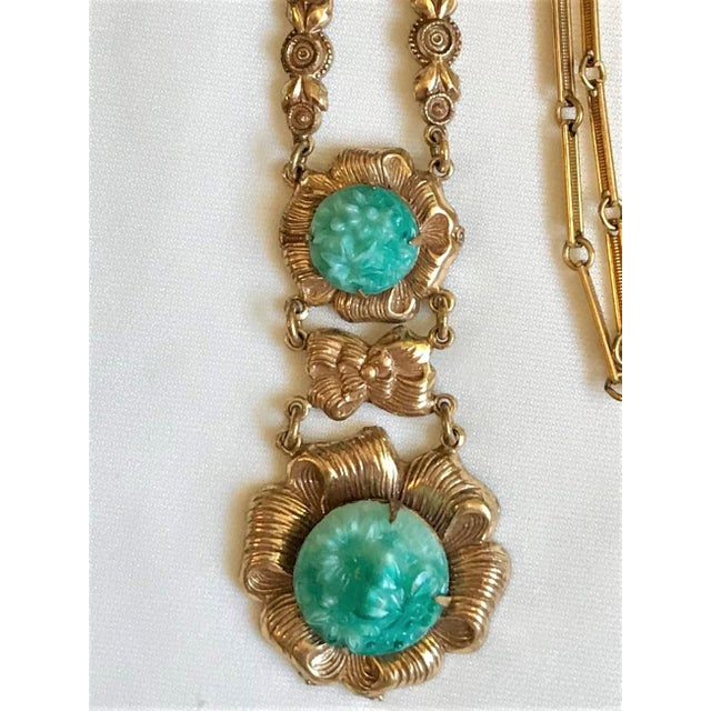 1930s Floral Motif & Molded Glass Pendant Necklace For Sale - Image 5 of 7