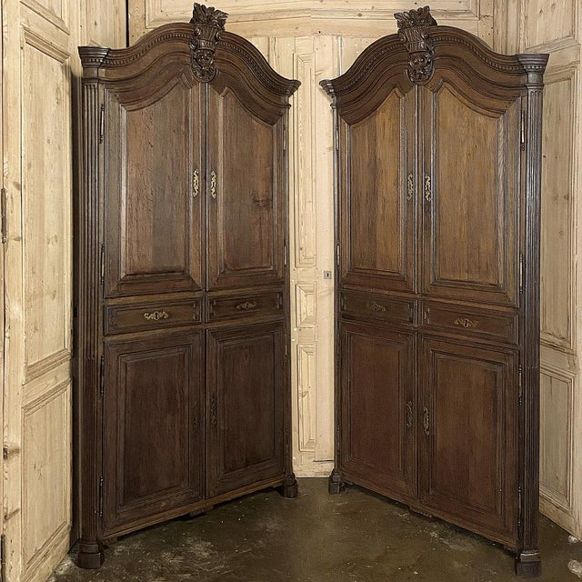 18th Century French Louis XVI Corner Cabinets - a Pair For Sale - Image 13 of 13