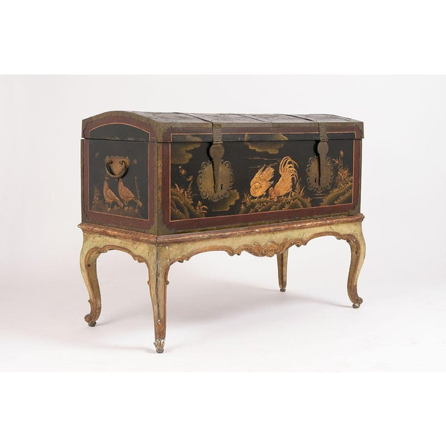 Mid 19th Century Spanish Chinoiserie Trunk For Sale In Los Angeles - Image 6 of 13