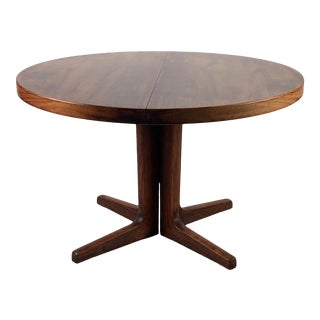 Vintage Danish Round Rosewood Dining Table For Sale