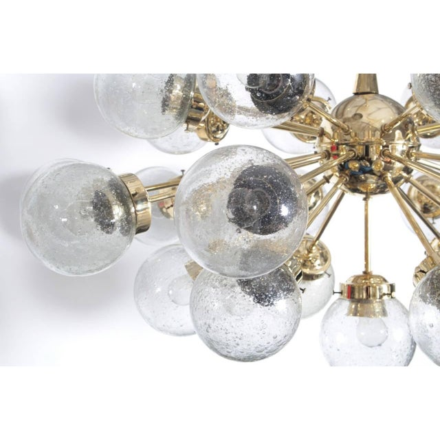Mid-Century Modern 1960s Doria Twenty-Five-Globe Sputnik Chandelier For Sale - Image 3 of 4