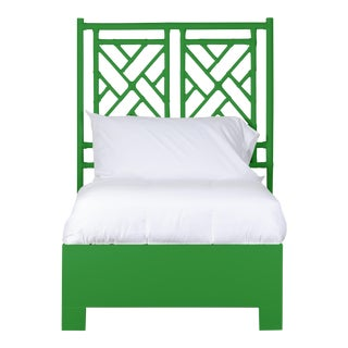 Chippendale Bed Twin Extra Long - Bright Green For Sale