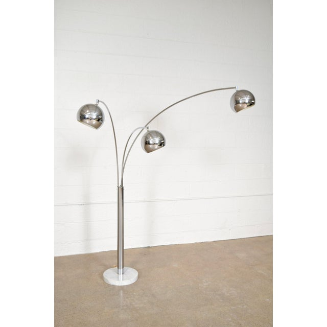 Mid Century Sonneman Style 3 Light Chrome Arc Floor Lamp with Marble Base For Sale - Image 5 of 11