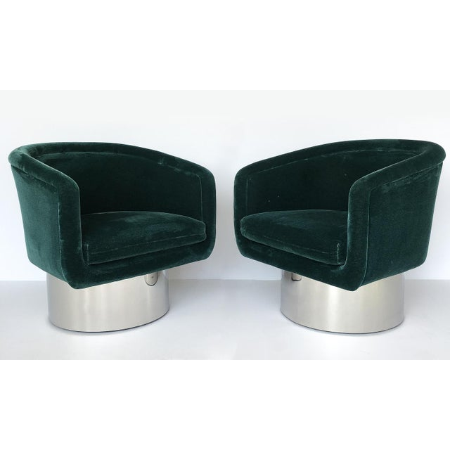 Pace Collection Pair of Leon Rosen Pedestal Swivel Lounge Chairs for Pace Collection For Sale - Image 4 of 12