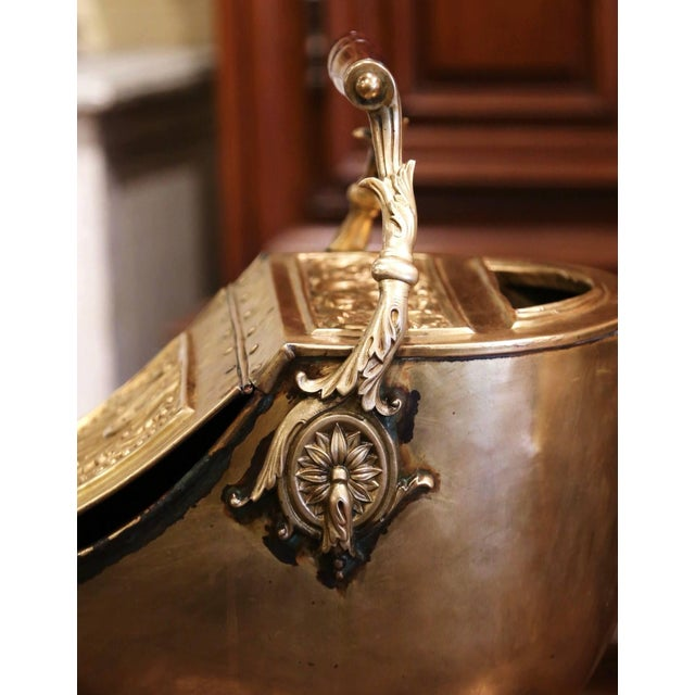 19th Century English Victorian Repousse Brass Coal Bucket With Original Scoop For Sale - Image 10 of 13