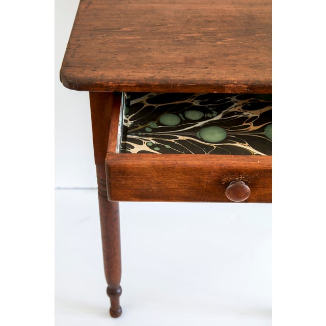 19th Century Early American Table With Lined Drawer For Sale - Image 4 of 6