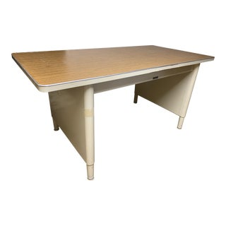 1970s Mid-Century Modern McDowell and Craig Vintage Metal Writing Desk For Sale