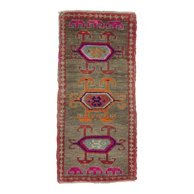 1960s Turkish Herki Wool Rug For Sale