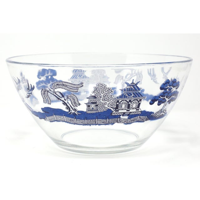 "Vintage ""Blue Willow"" Glass Serving Bowl by Johnson Brothers For Sale - Image 10 of 10"