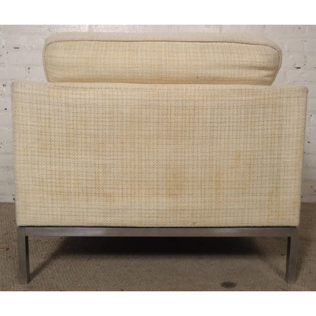 Knoll International Mid-Century Upholstered Armchairs by Knoll Associates - a Pair For Sale - Image 4 of 10